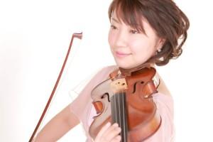 ヴァイオリン奏者桂川千秋 Quartet SISLEY 弦楽四重奏